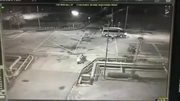 คลิปซิ่งรถหนีตำรวจ ถุกรถชนดับ