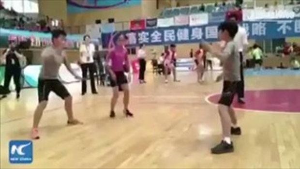 """เจ๋งเว่อร์ เด็กจีนโชว์ """"กระโดดเชือก"""" ทักษะน่าประทับใจ"""