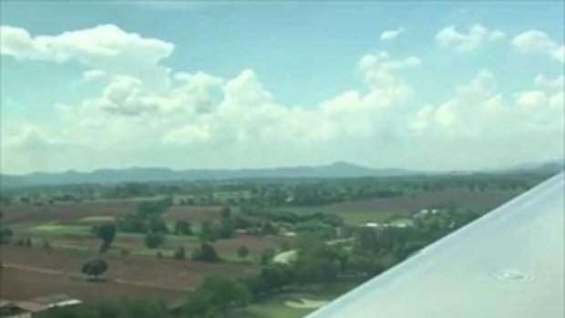 เป๊ก เศรณี เป็นกัปตันขับเครื่องบินส่วนตัว ให้ เพลง ชนม์ทิดา นั่งสวยๆ ชมวิวมุมสูง