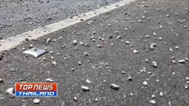 เปิดคลิปรถบรรทุกทำหินตกเกลื่อนถนน ต้นเหตุรถชน 6 คัน กลางสะพานข้ามคลองอู่ตะเภา