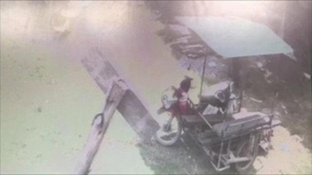 จับภาพคนร้ายขนอุปกรณ์ก่อสร้างขึ้นรถซาเล้ง