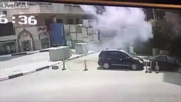 มือระเบิดดวงซวย ระเบิดผิดคิวกลายเป็นระเบิดตัวเองแทน