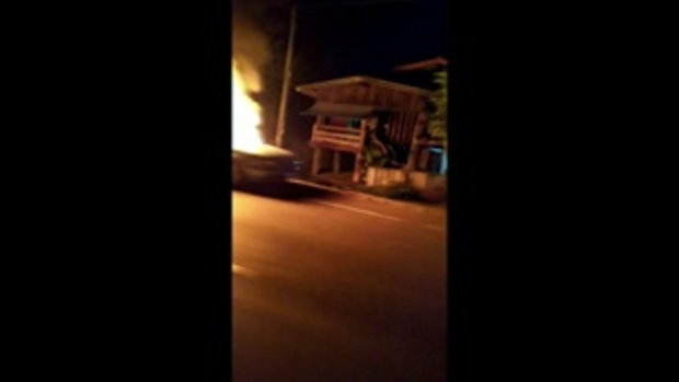 ไฟคลอกหนุ่มใหญ่ตายปริศนา ตำรวจเชื่อตั้งใจเผาตัวเองคารถ