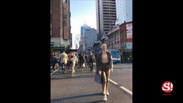 """เทรนด์ยุค 80 """"Sweatband"""" ที่คาดผมกันเหงื่อ กลับมาฮอตในหมู่ซุปตาร์ไทย"""