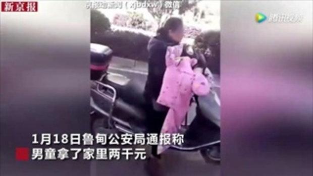 วิจารณ์สนั่น แม่ชาวจีนจับลูกมัดติดท้ายจยย. ขับลากไปกับถนน
