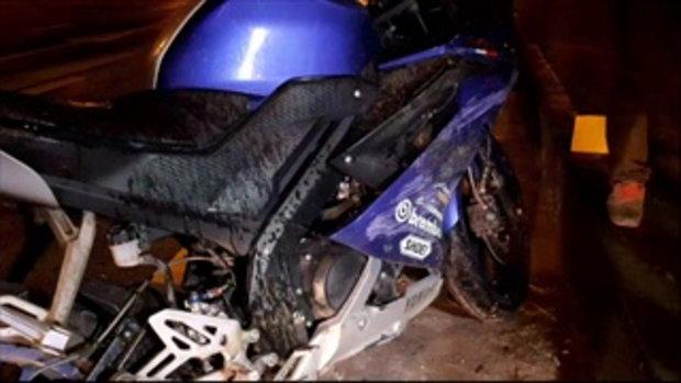 นักศึกษาปี 1 มหาวิทยาลัยชื่อดังเมืองขอนแก่น ขี่รถเสียหลักล้มชนเกาะกลางดับคาที่