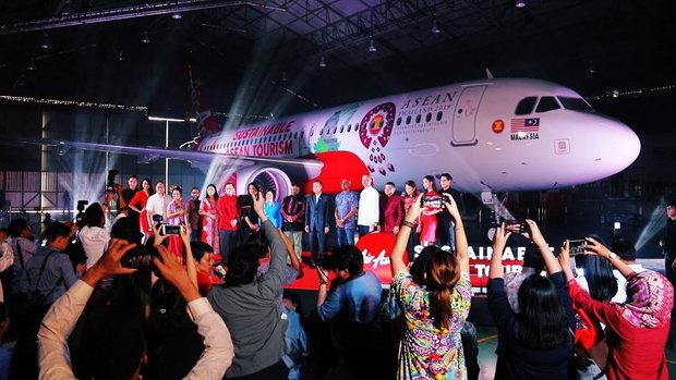 รวยหุ้น รวยลงทุน ปี 6 เปิดตัวเครื่องบินลายสัญลักษณ์ประธานอาเซียน ปี 2562 ในแนวคิด Sustainable ASEAN