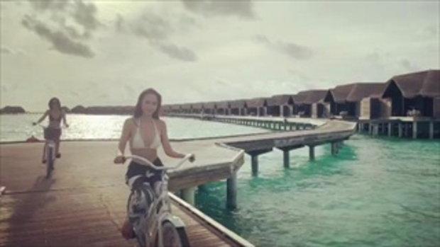 อั้ม-เมย์ ใส่บิกินี่ปั่นจักรยาน ละสายตาไม่ได้จริงๆ