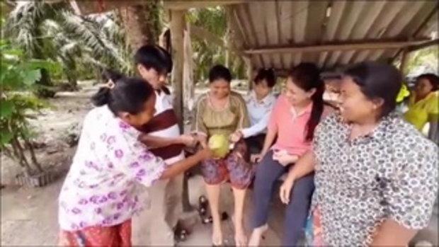 ฮือฮาทั้งหมู่บ้าน สอยมะพร้าวหวังดื่ม สะดุ้งตาตื่นปรากฏเลขเห็นเด่นชัด