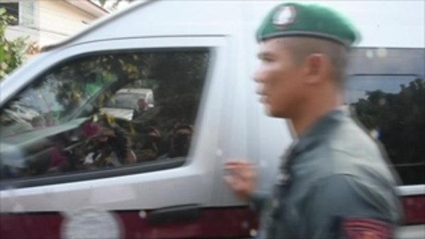 ยกกลุ่มแค้น-หวังรุมประชาทัณฑ์ ชุลมุนทำแผนหนุ่มโหดฆ่ายกครัว 3 ศพ