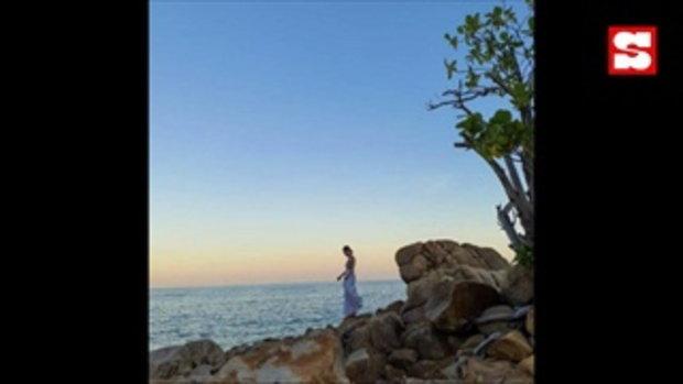 ต้นหอม โพสท่าชิลในสระว่ายน้ำ อ่านแคปชั่นแล้วถึงกับต้องซูม
