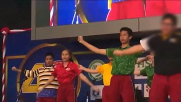 นักเรียนคู่กรณีอาม่า คัมแบ็กสุดปัง! เต้นงานโรงเรียน แถมยืนตำแหน่งเซ็นเตอร์