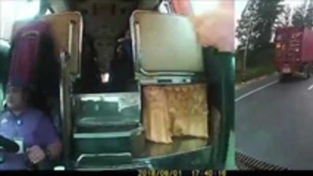 คลิปอุทาหรณ์ หกล้อกลับรถตัดหน้า บัสรับส่งพนักงานพุ่งชน เจ็บหลายราย