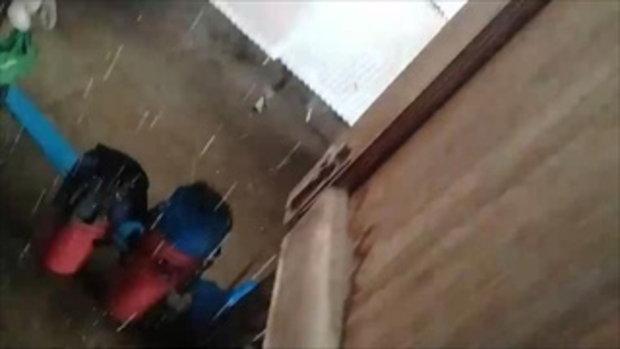 ชาวลำปางโพสต์คลิปพายุลูกเห็บถล่มอย่างหนัก