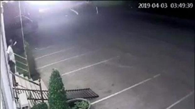 ฮาลั่นทั้งโรงพัก คลิปตำรวจเป็นงง เพิ่งจอดรถไว้แปบเดียว ออกมารถหายไป