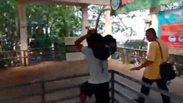 ตำรวจคุมตัวหนุ่มท้ายเรือเกาะพีพี โดนแจ้งจับข่มขืนนักท่องเที่ยวสาวอังกฤษฝากขัง