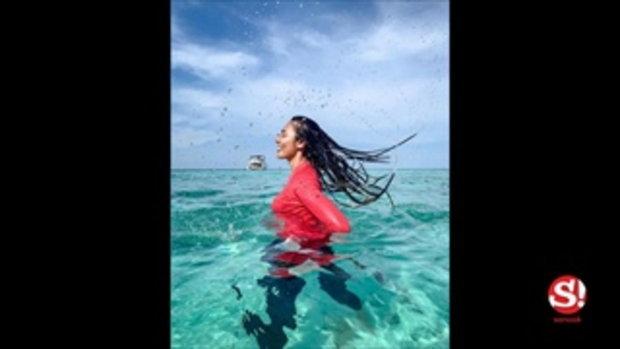 แก้ม วิชญาณี ไม่โป๊แถมยังน่ารัก จัดเต็มชุดว่ายน้ำสีชมพู สวยสะเทือนทะเลภูเก็ต