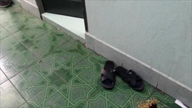 ผู้เช่าได้กลิ่นเหม็นจากห้องข้างๆ เปิดดูเจอศพเปลือยอืดเน่า