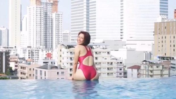 มุกกี้ เน็ตไอดอล จัดชุดว่ายน้ำสุดเซ็กซี่ส่งท้ายซัมเมอร์