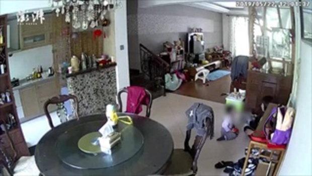 พี่เลี้ยงโหดถีบเด็ก 3 ขวบ ครอบครัวกลัวโดนแก้แค้น ไม่กล้าแจ้งตำรวจ