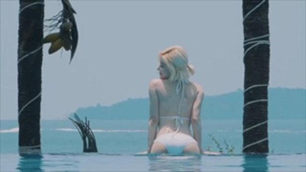ดีเจโซดา จัดเต็มในชุดว่ายน้ำส่งท้ายหน้าร้อน