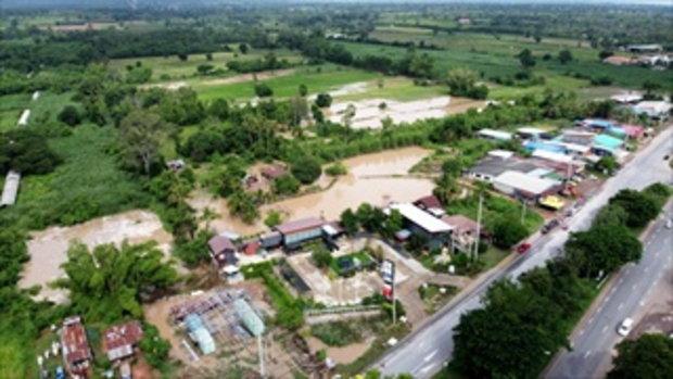 น้ำท่วมหมู่บ้านปอแดงจ.โคราช