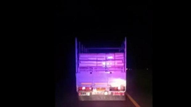 วิจารณ์สนั่น คลิปรถบรรทุกจงใจขับขวาง ไม่หลบรถพยาบาล