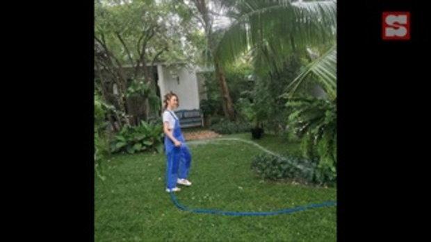 ปาล์มมี่ เก็บพืชผักสวนครัวที่บ้าน สีเขียวสดมะนาวลูกใหญ่มาก