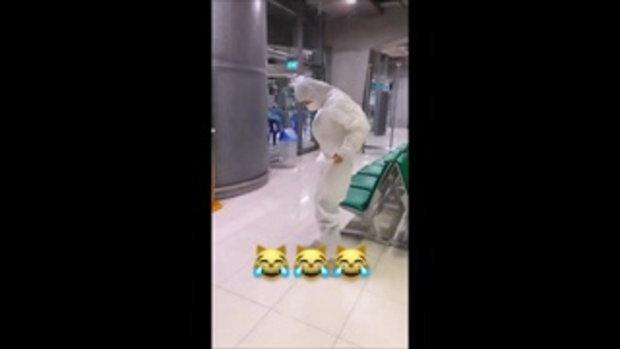 """""""อ้วน รังสิต"""" พาลูกชายและภรรยากลับบ้านเกิดที่เกาหลีใต้ ด้วยชุดที่พร้อมสุดๆ"""