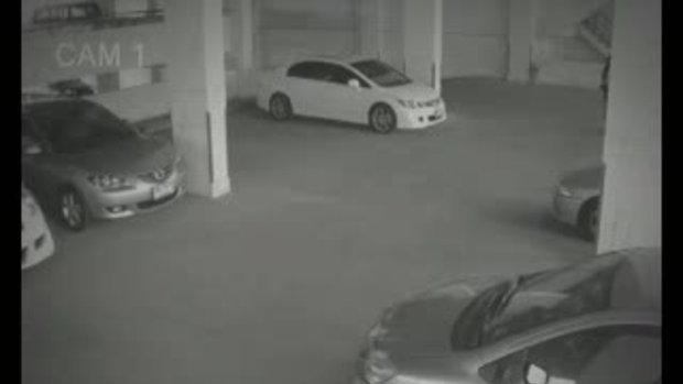 คลิปหลุดลานจอดรถ