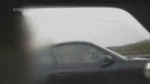 รถควั่มตายเพราะถ่ายวีดีโอ...!