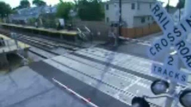 รถไฟชนตายสยอง