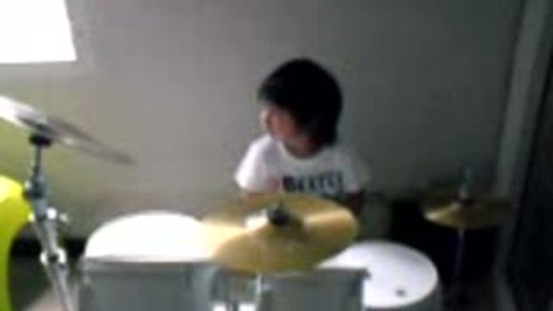 Potato drum cover by Ter 4 years old