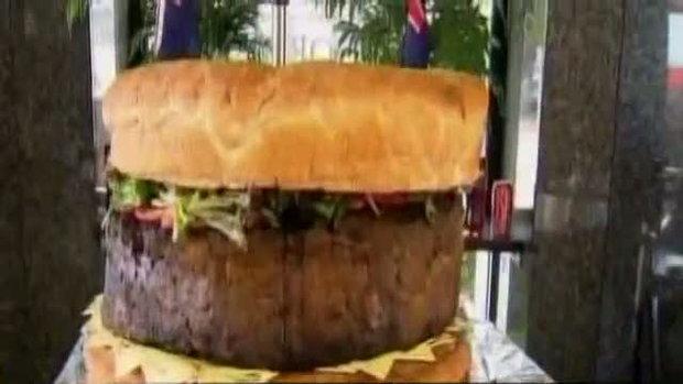 แฮมเบอร์เกอร์ยักษ์ ใหญ่ที่สุดในโลก