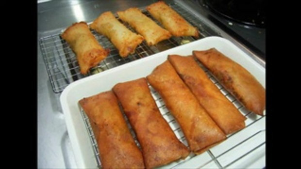 วีธีทำ Spring Egg Roll - Pizza Egg Roll