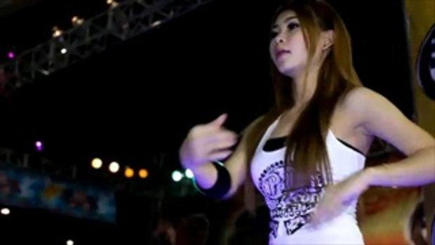 มอเตอร์โชว์ 2011 -  Sexy coyote dancer 2
