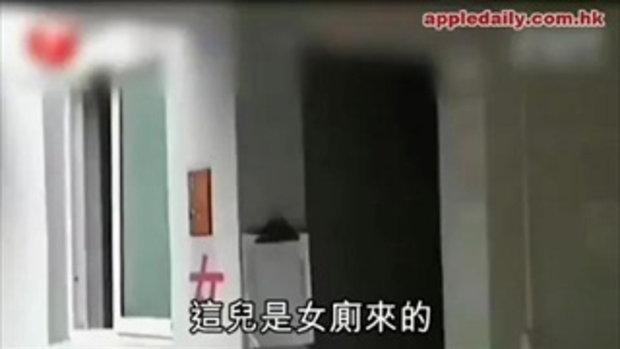 กรรมสนอง! แอบดูสาวเข้าห้องน้ำ..ตกส้วมซะเอง