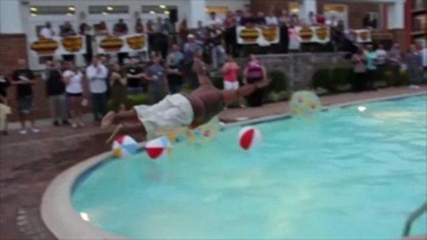 มาดู!!! พี่อ้วนดำ กระโดดน้ำกัน