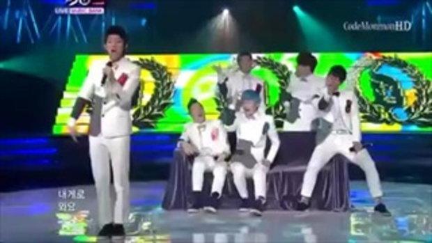 นักร้องเกาหลี หลุดฮา ต่อยเพื่อนกลางเวที