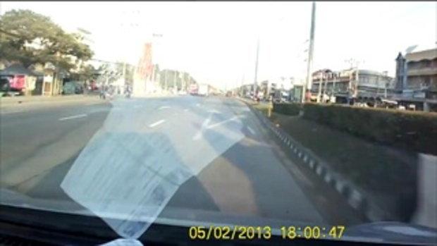 ดูไว้เตือนใจ..ขับรถโดยความไม่ประมาท!