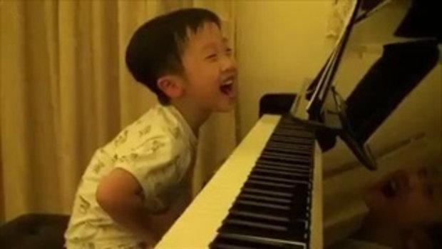 เด็ก 5 ขวบ เทพเปียโน