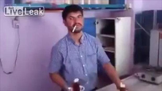 จำไว้นะ ห้ามสูบบุหรี่ ในเวลางาน มิฉะนั้นอาจเป็นเช่นนี้