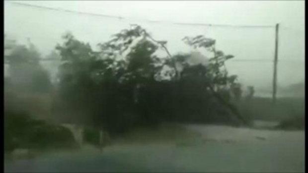 รวมคลิป อุดรธานีพายุพัดถล่มรุนแรงหนักมาก