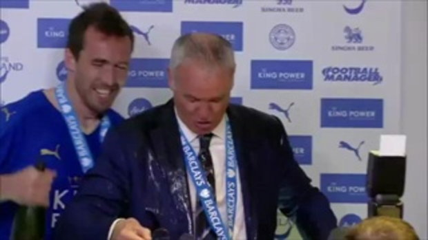 MUST WATCH! Ranieri soaked with champagne in news conference