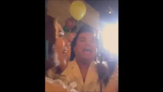 วันเกิด'เมย์'ซึ้งถึงร้องไห้ ฮาตรง'อั้ม'ร้องเพลง