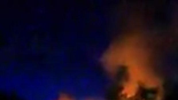 ไฟไหม้บนเกาะสมุย กินพื้นที่เฉียด 10 ไร่ คุมเพลิงวงจำกัด