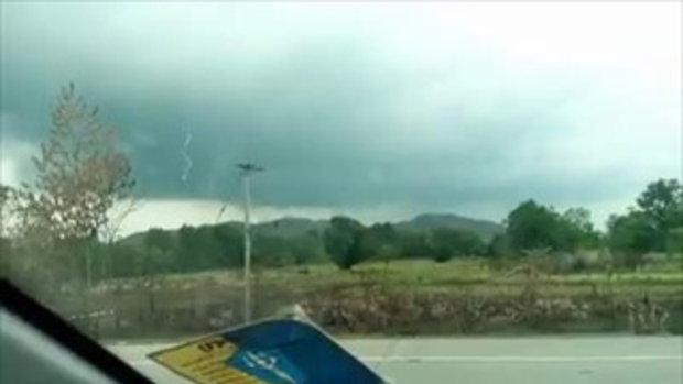 ลูกไฟประหลาดที่สระบุรี ร่วงตกจากฟ้า ตอนช่วงฝนใกล้ตก