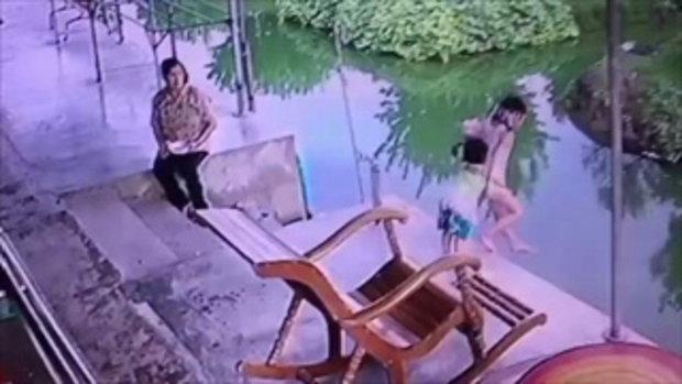อุทาหรณ์ อย่าปล่อยเด็กคลาดสายตา พี่น้องเล่นริมตลิ่งก่อนตกน้ำทั้งคู่