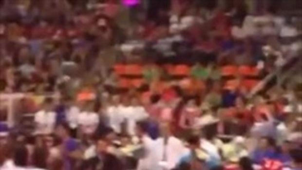 ซึ้งน้ำตาไหล! วินาที โค้ชอ๊อด-วรรณา ประกาศอำลาวงการวอลเลย์บอลไทย