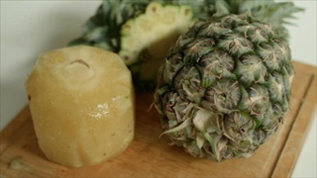 Did You Know... คุณรู้หรือไม่ ทำไมเวลากินสับปะรดแล้วถึงคันลิ้น